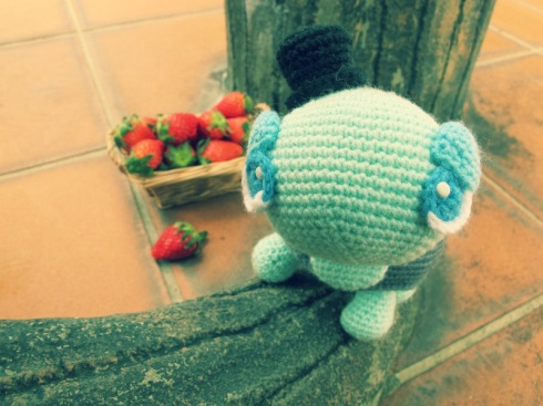 amigurumei crochet green