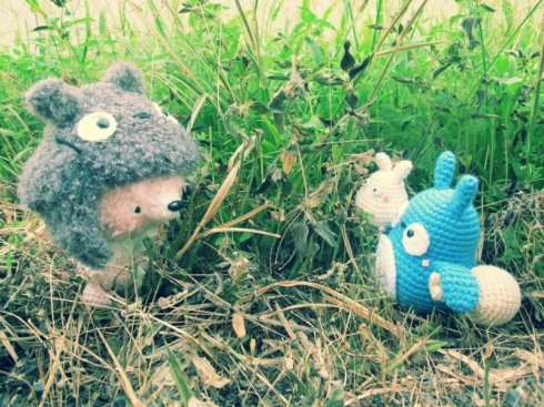 fox amigurumei crochet totoro ghibli pink blue white