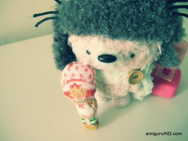 fuzzy crochet strawberry shortcake amigurumei