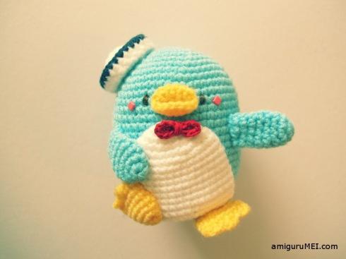 sanrio blue penguin amigurumei crochet