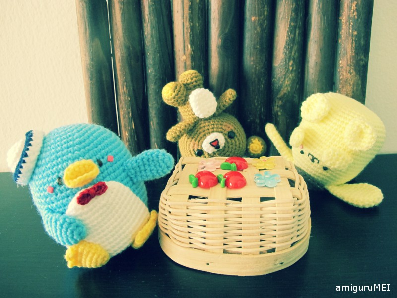 Amigurumi San-X Crochet Patterns Review - A-to-J Connections | 600x800