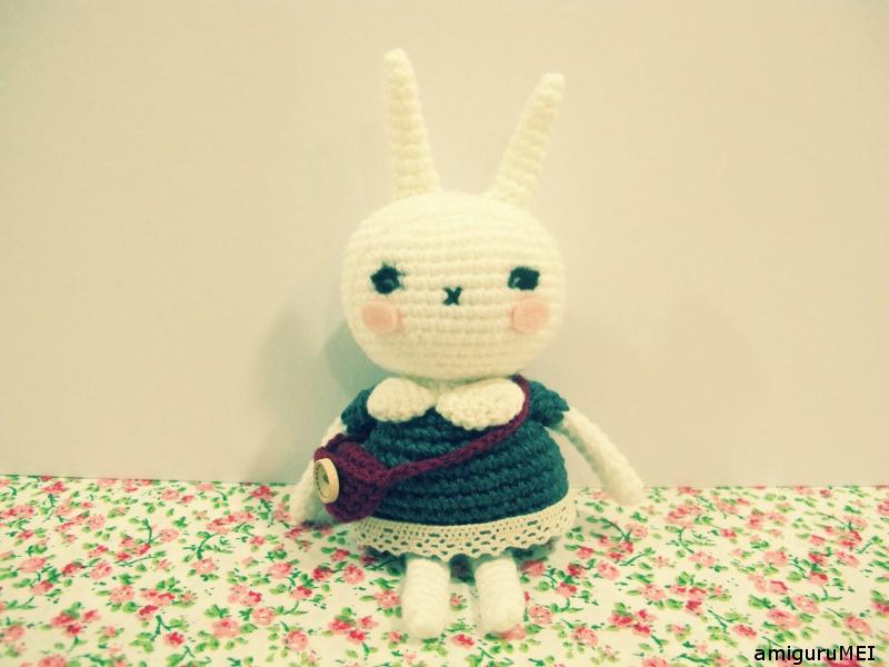 AMIGURUMI (crochet) : petit lapin blanc - YouTube | 600x800