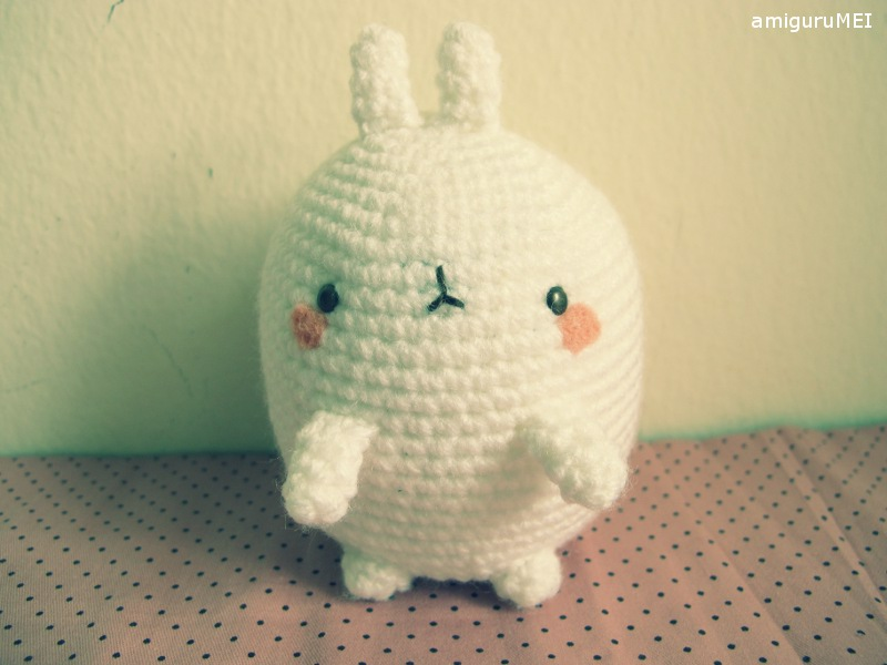 Amigurumi Crochet Pattern : Molang the fat rabbit free amigurumi pattern amigurumei あみぐるメイ