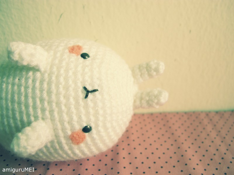 Molang the fat rabbit free amigurumi pattern – amiguruMEI | 600x800