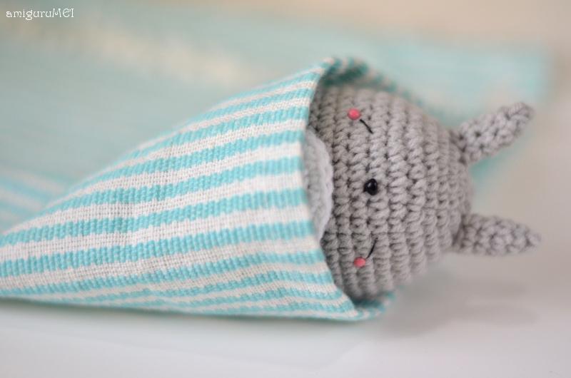 Free Sleeping Totoro amigurumi pattern amiguruMEI ??????
