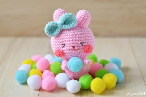 crochet pink rabbit amigurumei