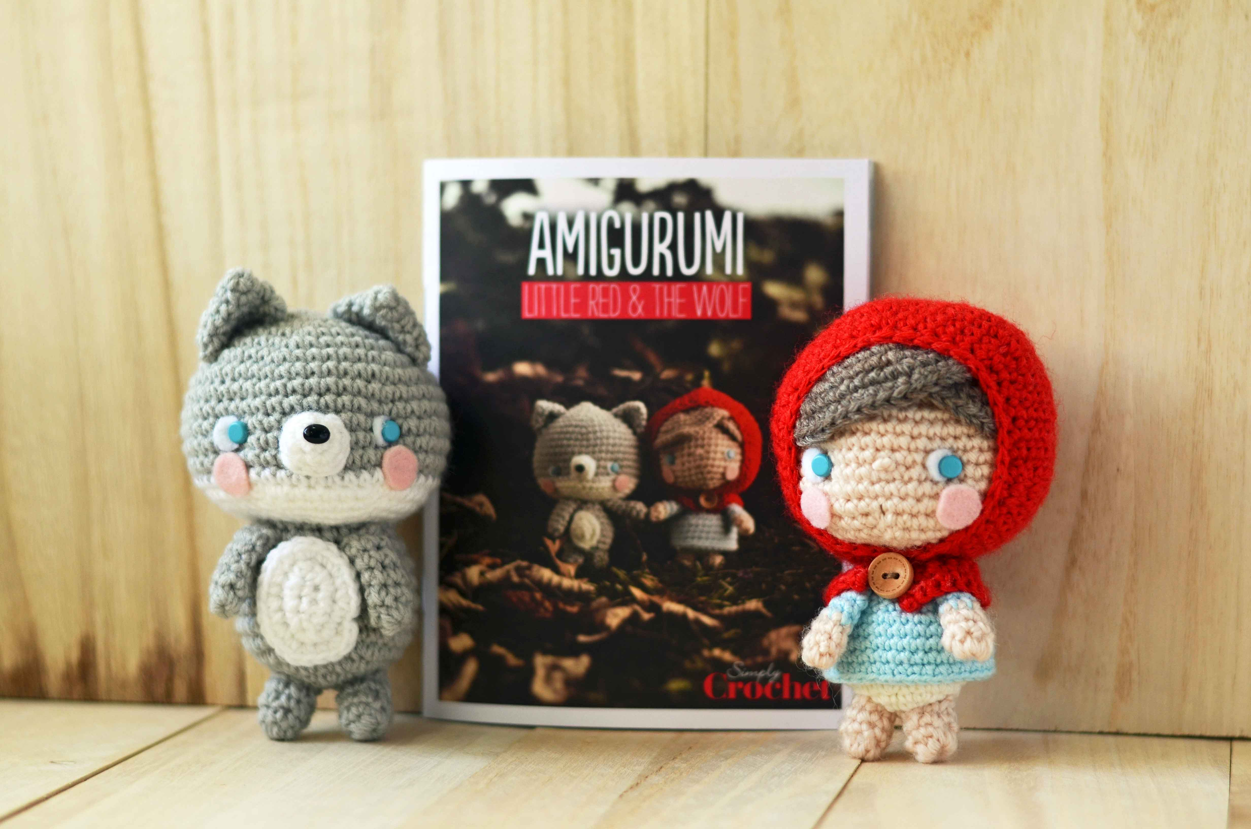 Amigurumi Patterns Wolf : Little red and baby wolf in simply crochet special booklet