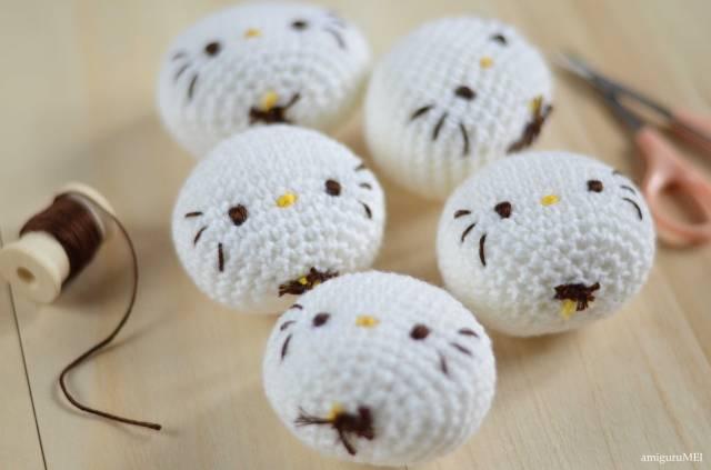 Hello Kitty Crochet behind the scenes