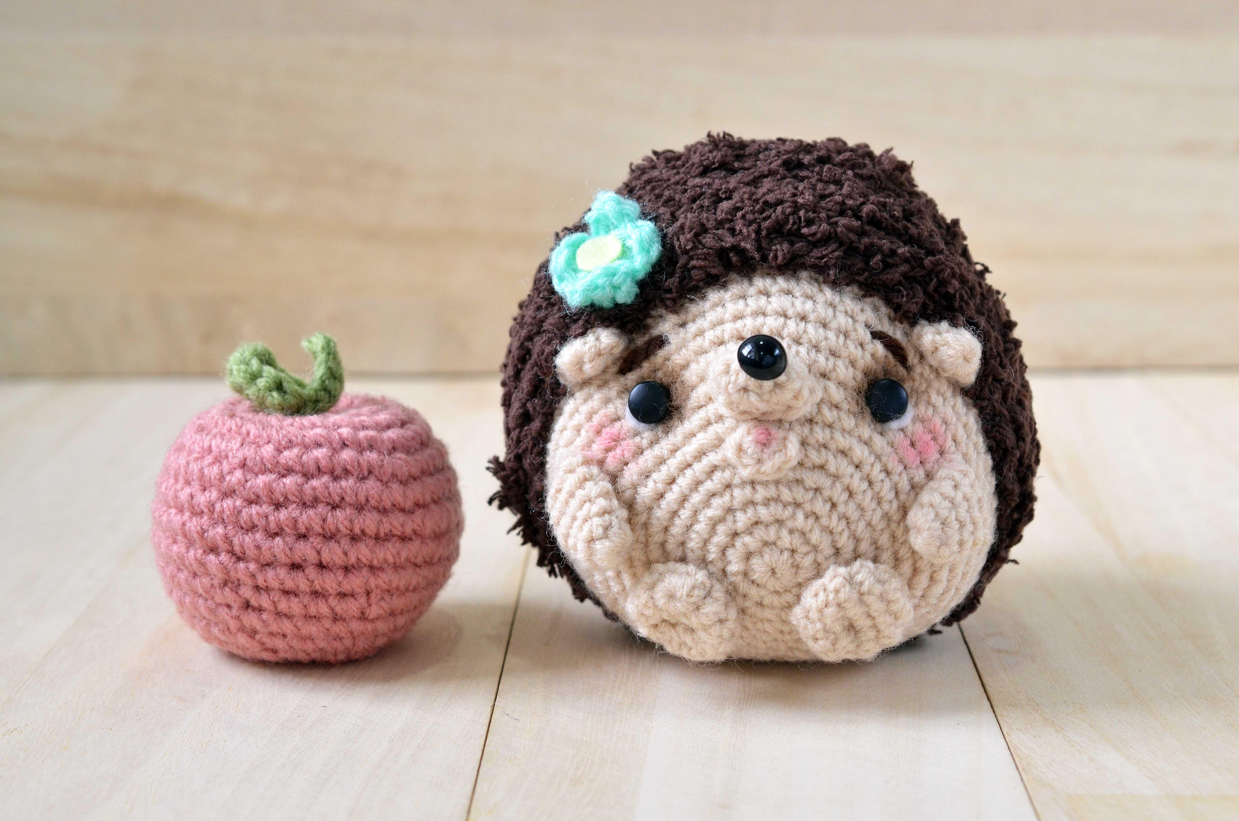 New amigurumi pattern: Mimi-chan the hedgehog | amiguruMEI ...