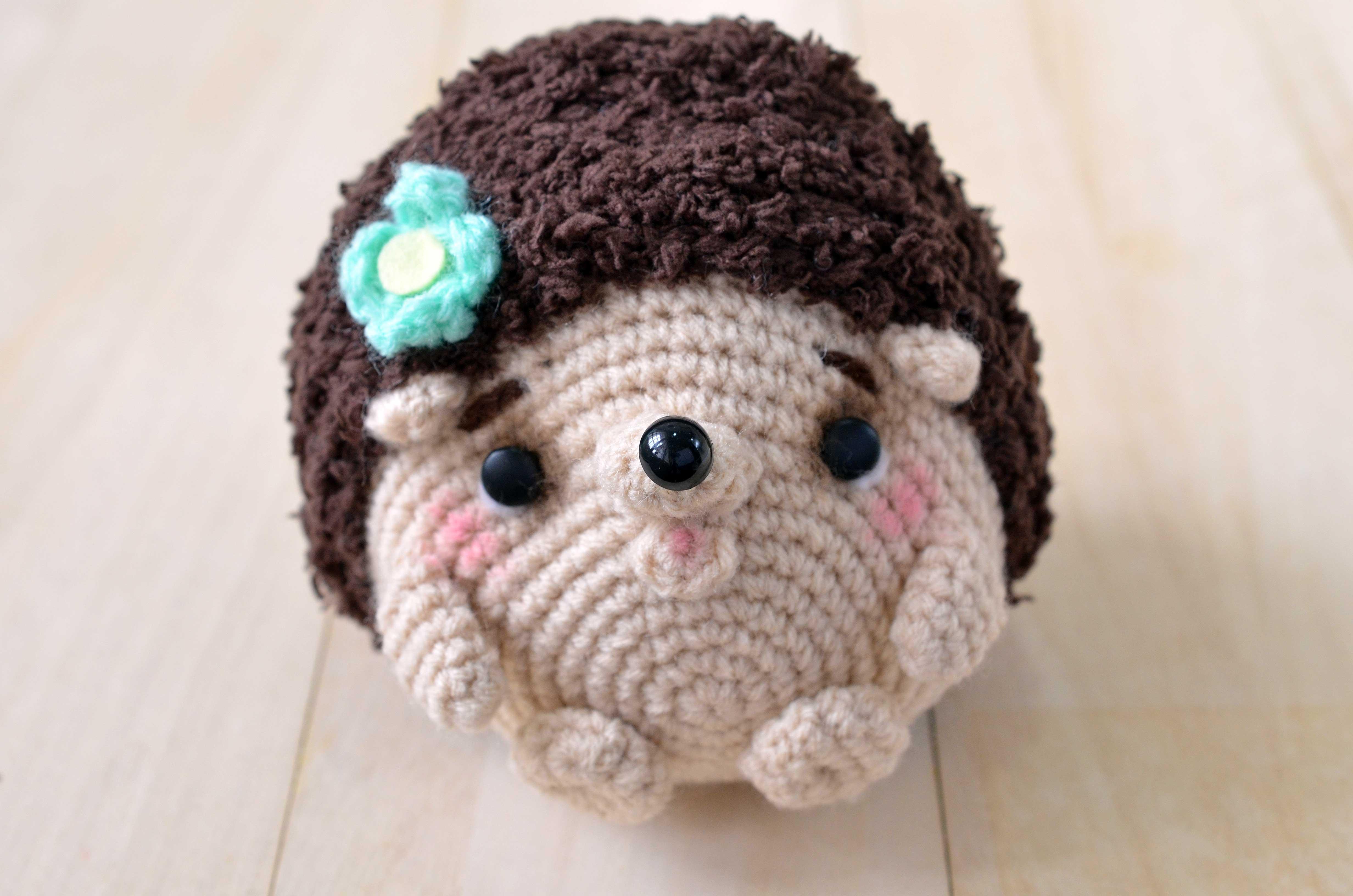 Amigurumi Hedgehog : New amigurumi pattern: Mimi-chan the hedgehog amiguruMEI ...