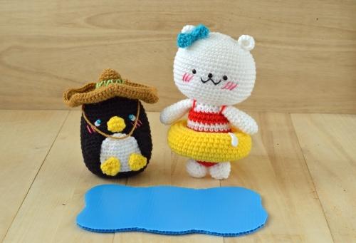 polar bear and penguin amigurumi