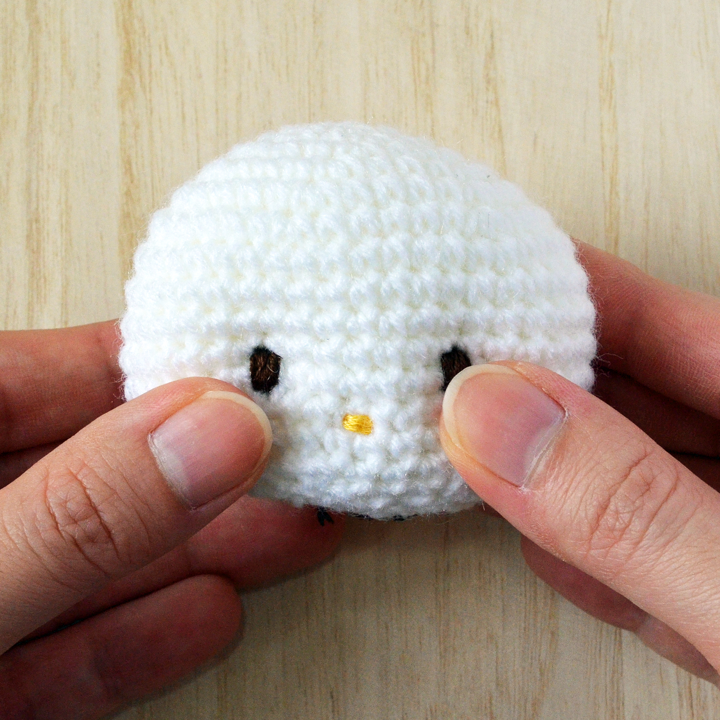 Exclusive Hello Kitty Crochet Tip 2 It S In The Eyes