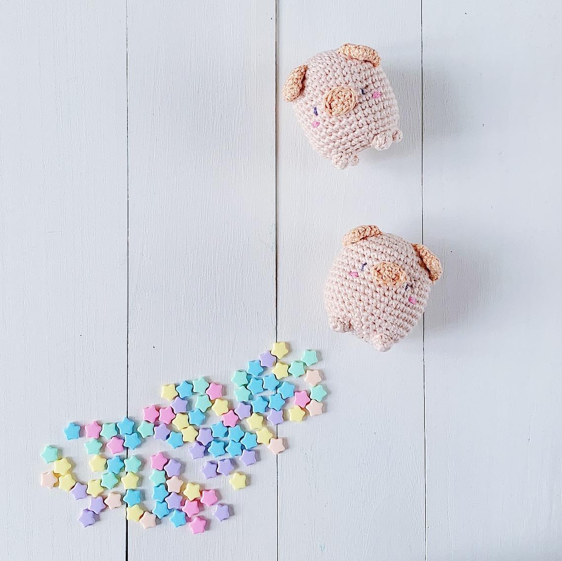Mini pig free amigurumi pattern | Amigurumi Space | 1138x1139